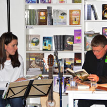 Café Book: Lesungen mit Wohlfühlfaktor